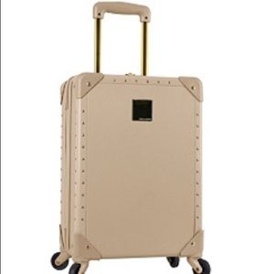 🆕Vince Camuto Carry On Luggage